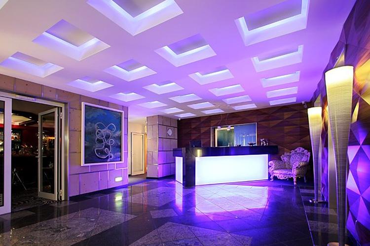 Reception - Avidon Art & Design Hotel - Düsseldorf
