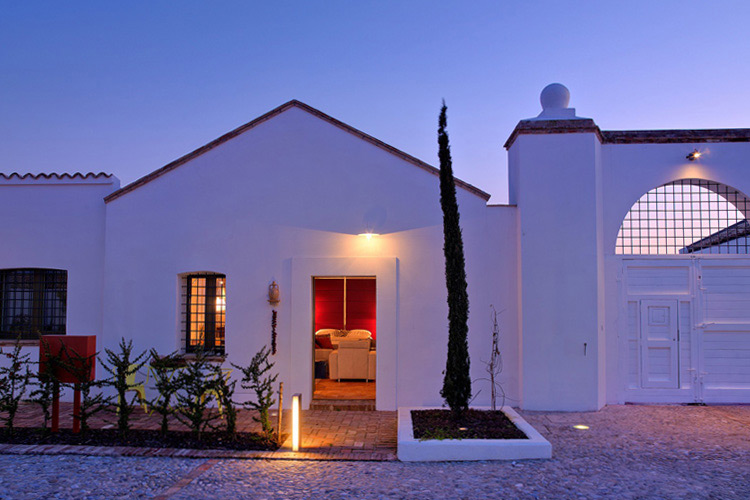 Hotel torre fiore ein boutiquehotel in pisticci for Great little hotels