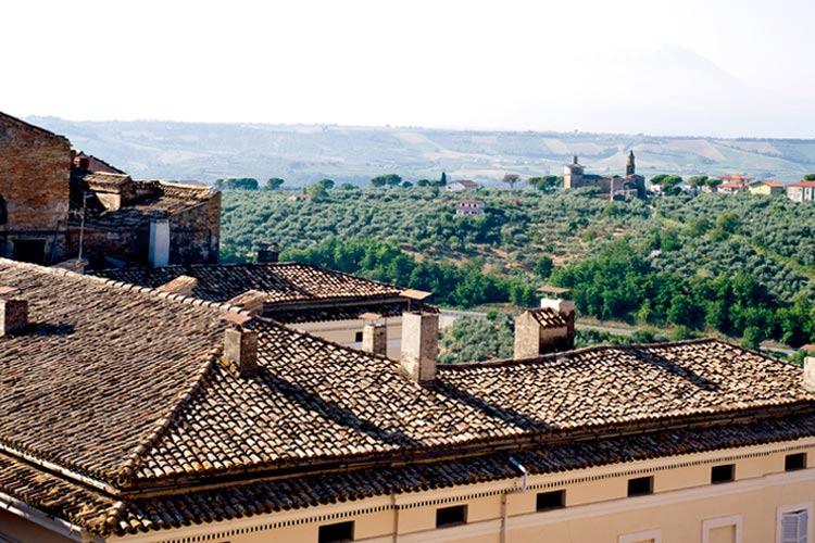 The Views - Castello Chiola - Loreto Aprutino