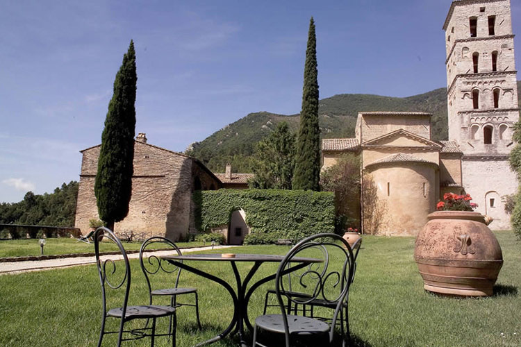 Facade - Abbazia San Pietro in Valle - Ferentillo