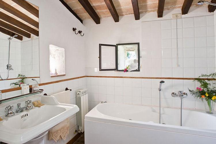 Bathroom - Abbazia San Pietro in Valle - Ferentillo