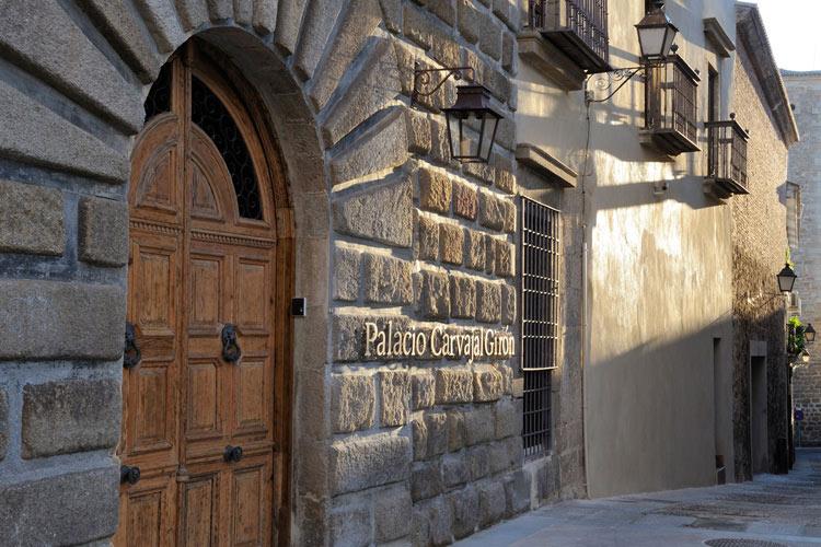 Entrance - Palacio Carvajal Girón - Plasencia