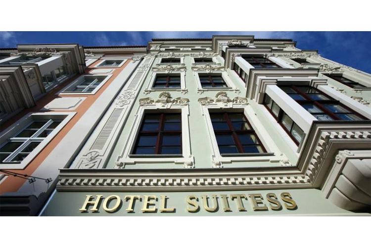 hotel suitess h tel boutique dresden. Black Bedroom Furniture Sets. Home Design Ideas