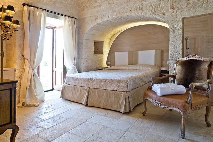 Le alcove luxury hotel nei trulli h tel boutique for Great small luxury hotels