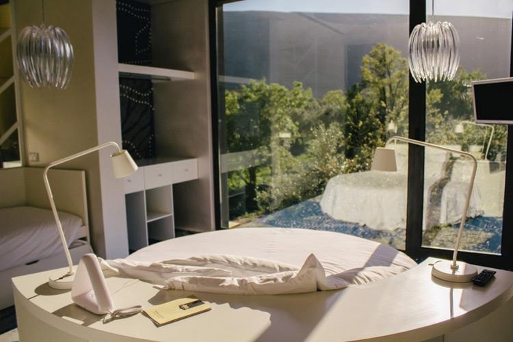 Futuro Destino Room - Cooking and Nature Emotional Hotel - Alvados