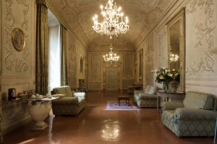 Gallery-Hall - Palazzo Magnani Feroni - Florenz