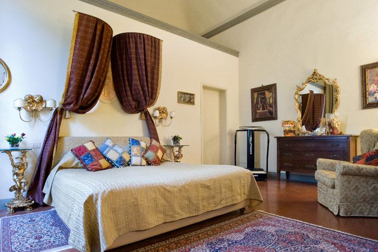 Giuseppe-Suite - Palazzo Magnani Feroni - Florenz