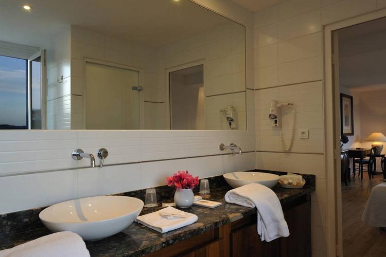 Bathroom - Hôtel de la Plage - Plonévez-Porzay