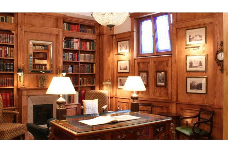 Library - Hotel Gródek - Cracow