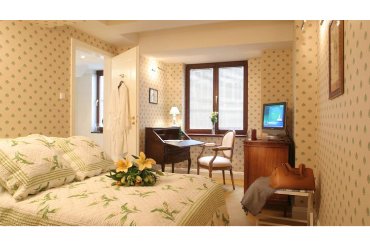 Standard Double Room - Hotel Gródek - Cracow