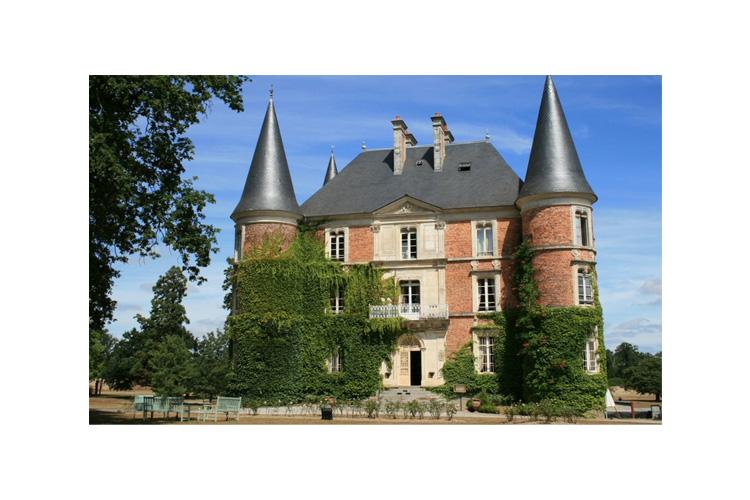 Facade - Château d'Apigné - Le Rheu