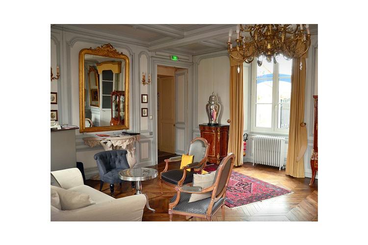 Interiors - La Demeure - Guingamp
