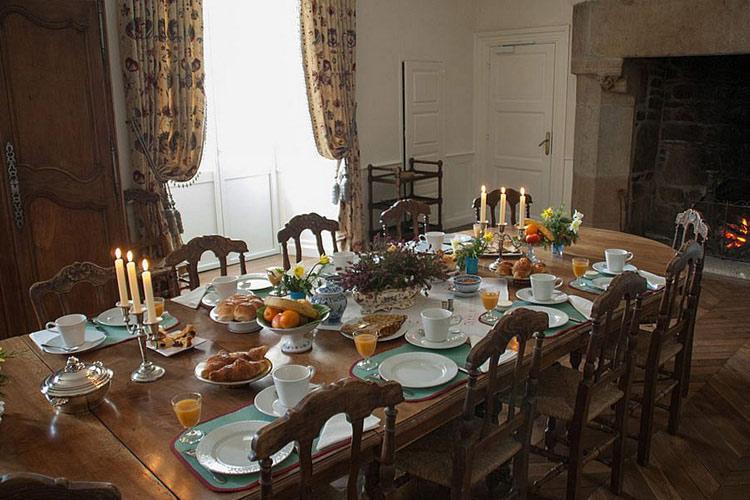 Breakfast Room - Manoir de Kergrec'h - Plougrescant