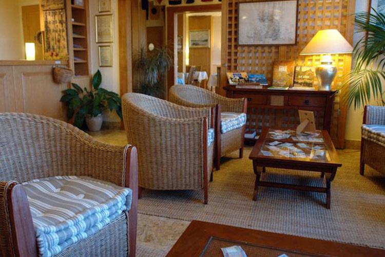 Lobby - L'Hôtel aux Tamaris - Roscoff