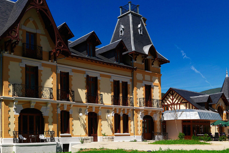 Le manoir d 39 agn s a boutique hotel in midi pyr n es for Great small hotel