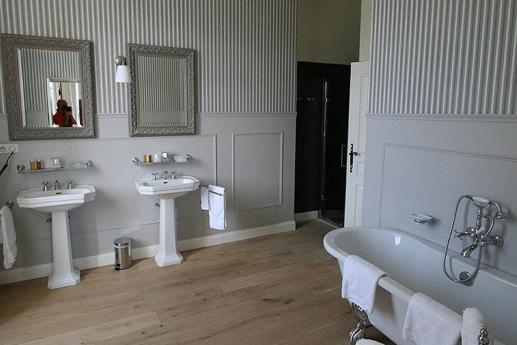 Junior Suite - Château les Oliviers de Salettes - Charols