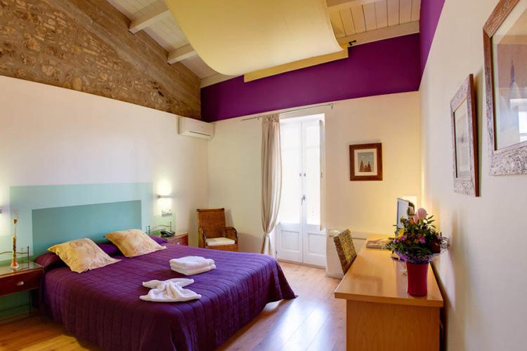 La Boixera Superior Double Room - Hotel La Freixera - Solsona