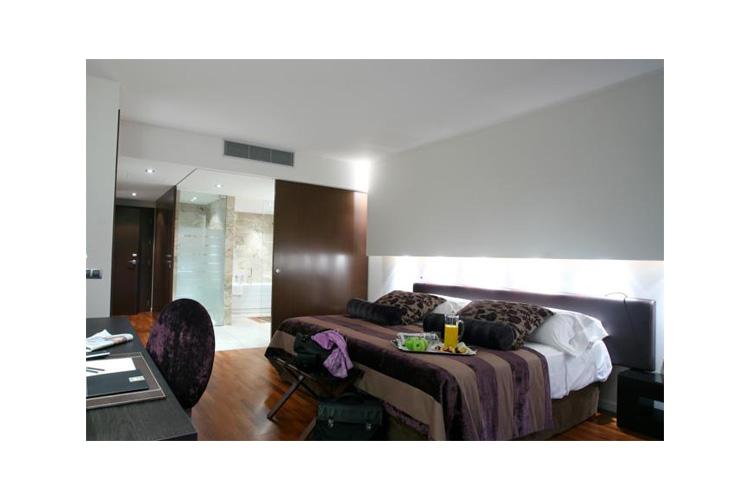 Deluxe Room - Finca Prats Hotel Golf & Spa - Lleida