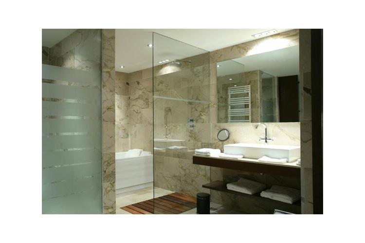 Bathroom - Finca Prats Hotel Golf & Spa - Lleida