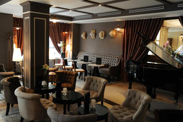 Cafe Laurent - Hotel d'Aubusson - Paris