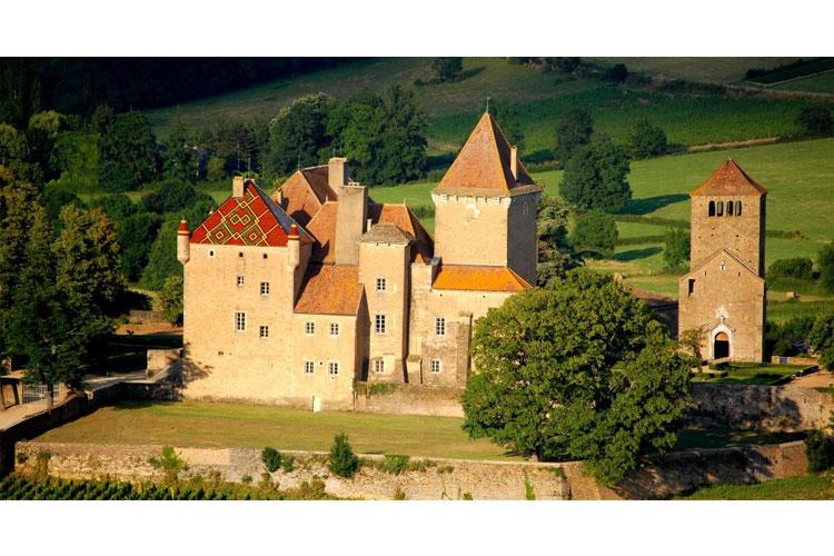 Aereal-View - Château de Pierreclos - Pierreclos