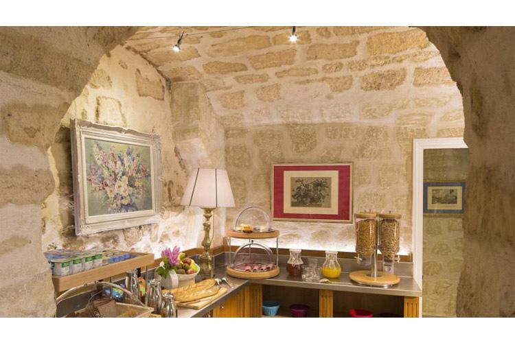 Breakfast Room - Le Relais des Halles - Paris