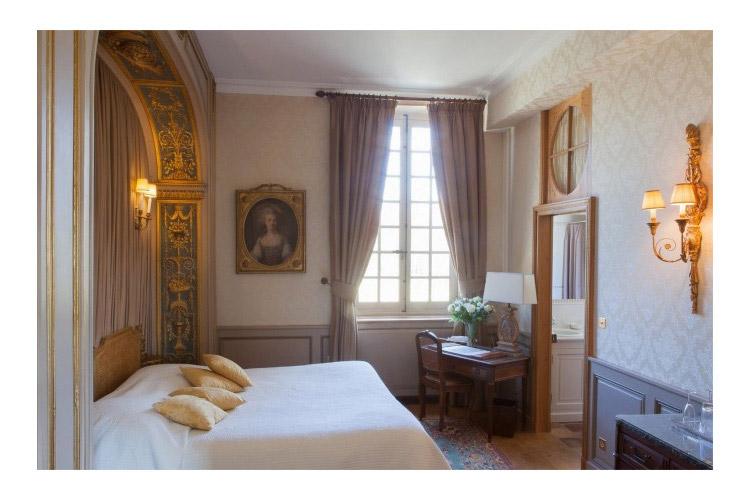 Marie Leszczynska Luxury Room - Château de Bourron - Bourron-Marlotte