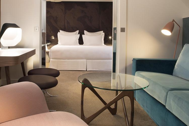 John Doe Private Suite - Hotel Dupond Smith - Paris