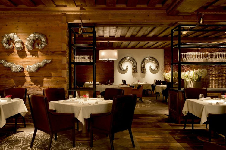 Sommet Restaurant - The Alpina Gstaad - Gstaad