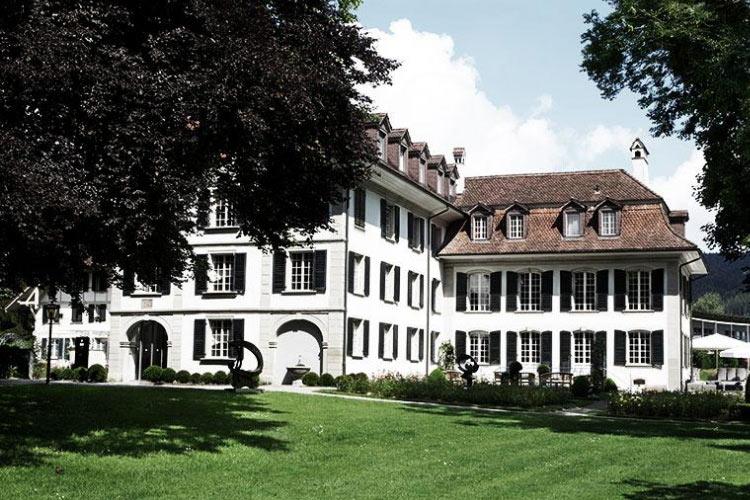 Facade - Schloss Hünigen - Konolfingen