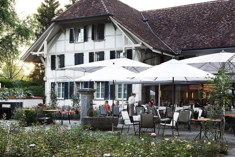 Restaurant Terrace - Schloss Hünigen - Konolfingen