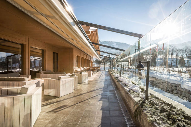 Terrace - Hotel Spitzhorn - Saanen