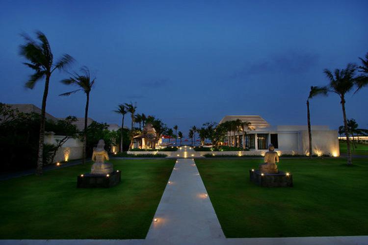 Garden View - The Royal Santrian - Nusa Dua