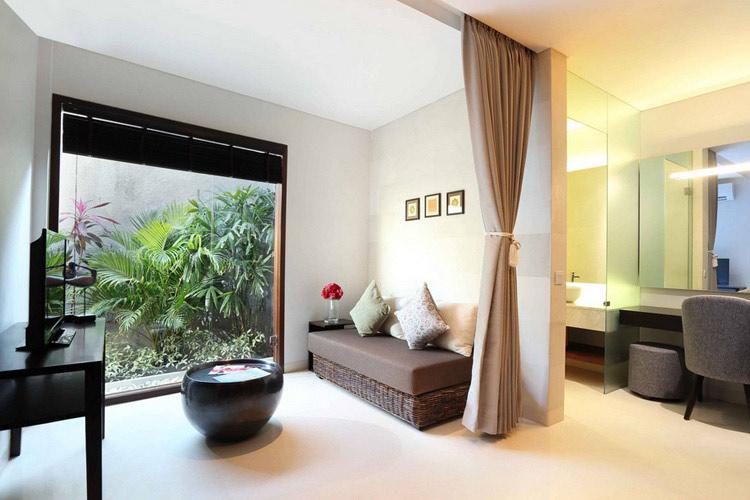 Make up Room - The Royal Santrian - Nusa Dua