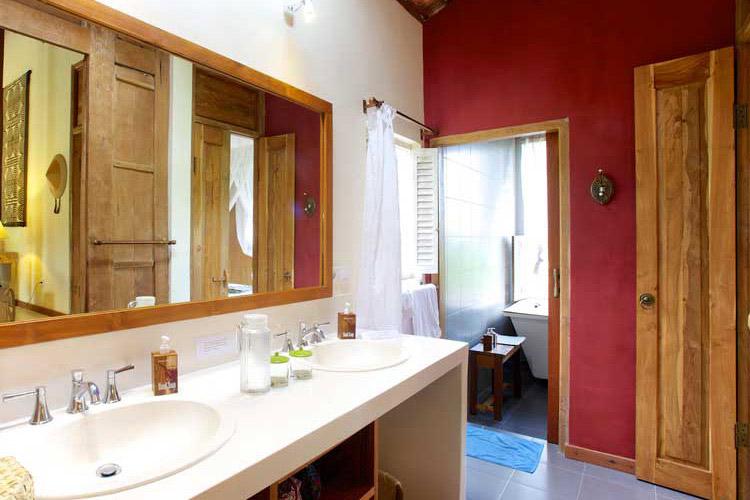West Bedroom Bathroom - Umajati Retreat - Ubud
