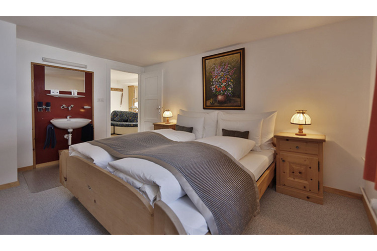 Family Room - In Lain Hotel Cadonau - Brail