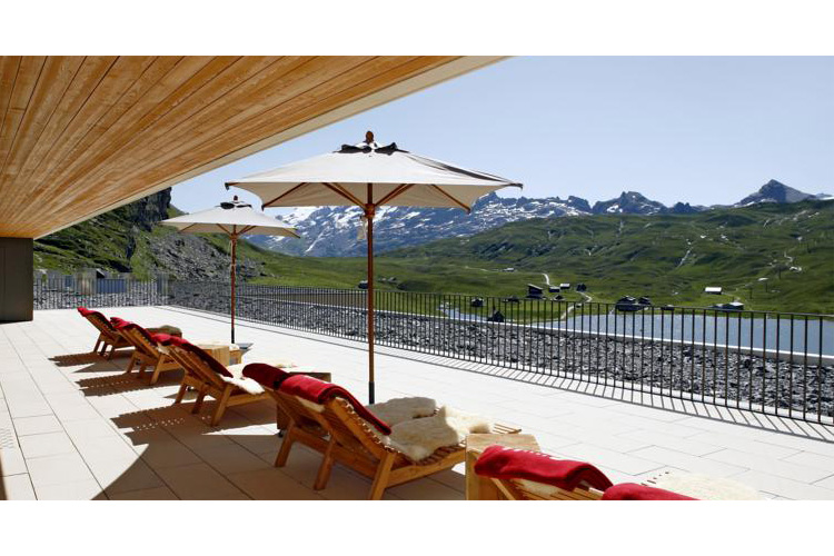 Hotel frutt lodge spa ein boutiquehotel in melchsee frutt for Small great hotels