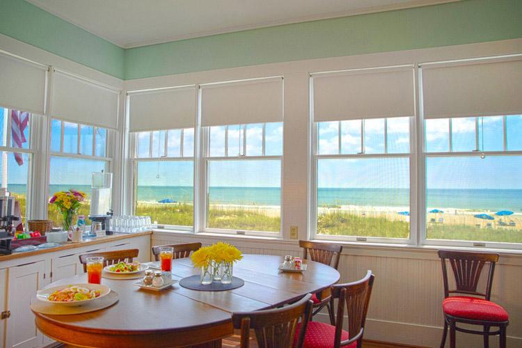 The-Kitchen - Elizabeth Pointe Lodge - Amelia Island