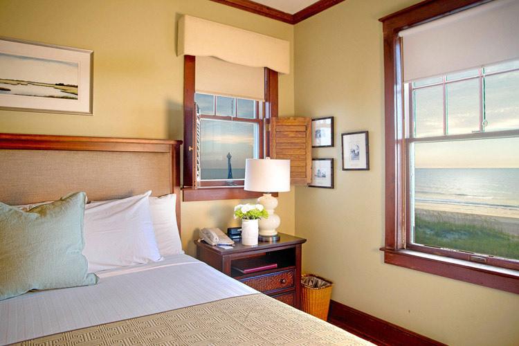 Ocean-View-Room - Elizabeth Pointe Lodge - Amelia Island