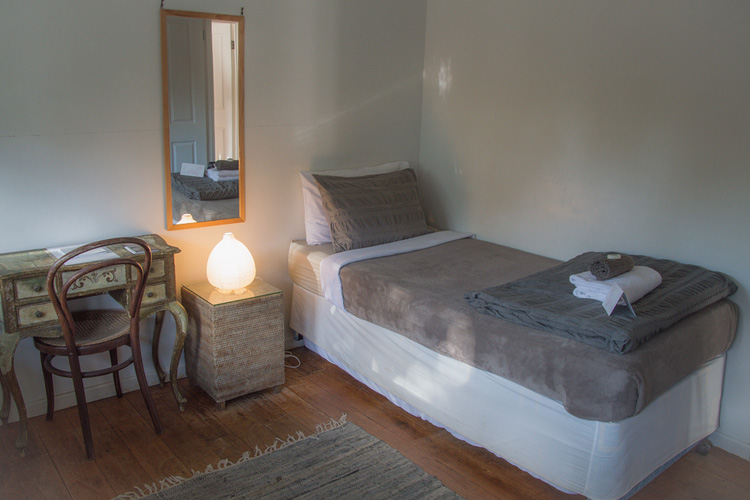 Double Room - Byron Springs Guesthouse - Byron Bay