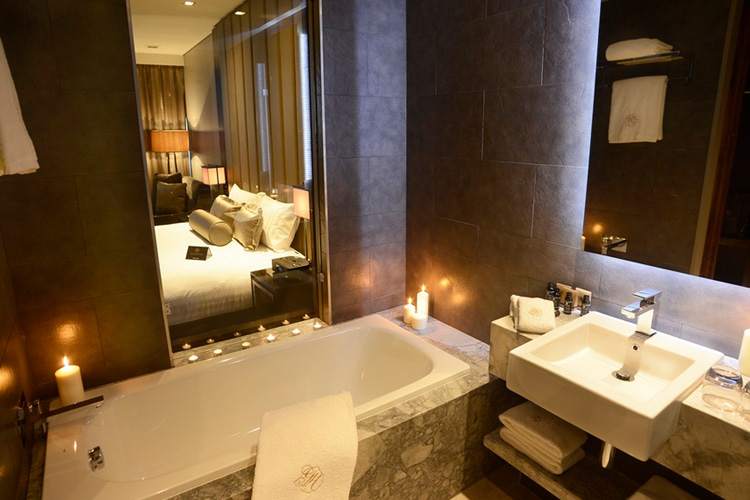 Paddington Suites - Gambaro Hotel - Brisbane