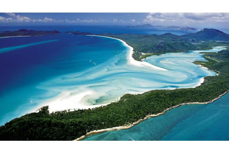 Overview - Beach Club Resort - Hamilton Island