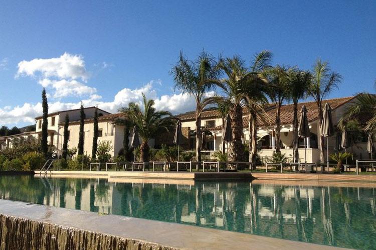 Hotel mas lazuli h tel boutique costa brava for Great small hotel