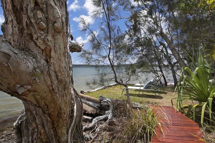 Jaburi Lakehouse - Eumarella Shores Noosa Lake Retreat - Noosaville