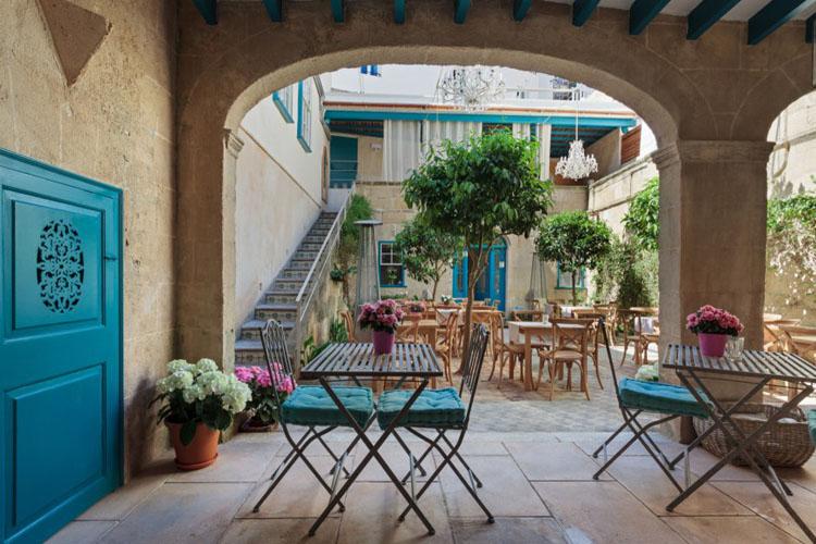Jardi de ses bruixes a boutique hotel in minorca for Hotel jardi barcelona
