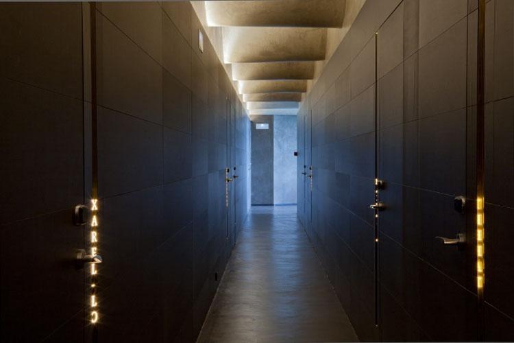 Corridor  - Cava & Hotel Mas Tinell - Vilafranca del Penedès