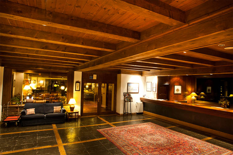 Reception - Hotel de Tredòs - Tredòs