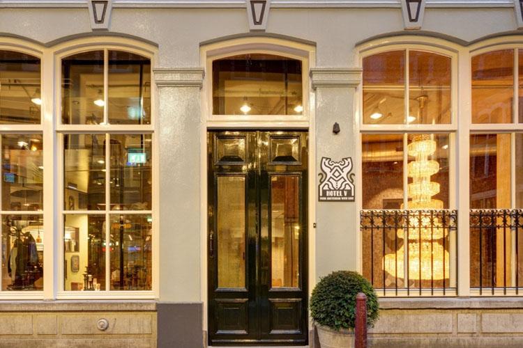 Facade - Hotel V Nesplein - Amsterdam
