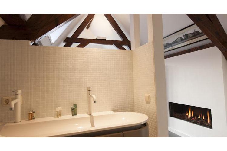 De M?rt Suite Bath - Bossche Suites - Den Bosch