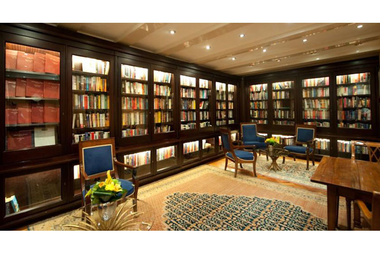 Library - Ambassade Hotel - Amsterdam